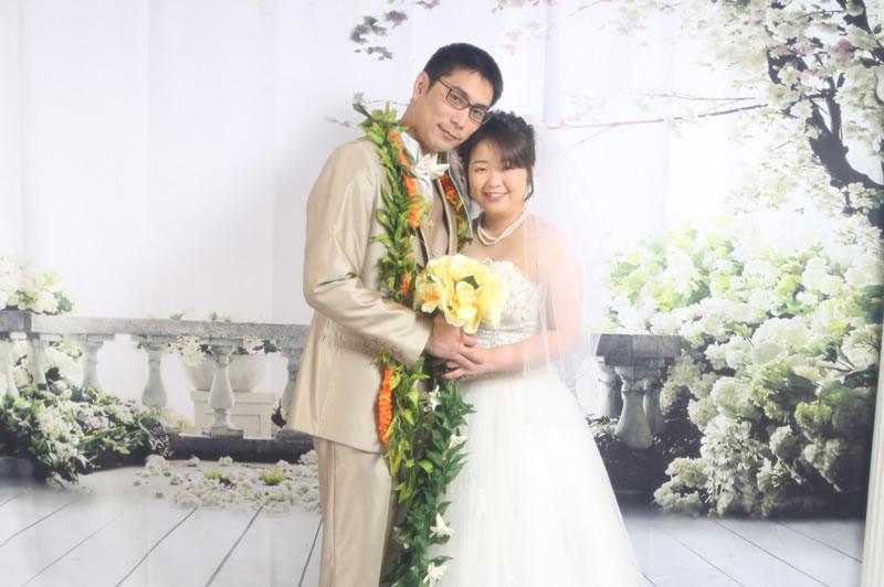ハワイで本格的な結婚撮影